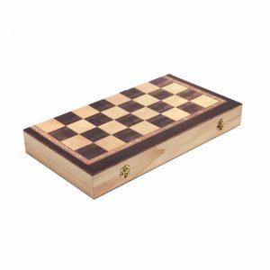 Дървена табла с дъска за шах