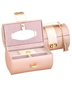 Кутия за бижута в нежно розово