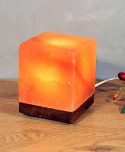 Лампа - Куб от Хималайска сол