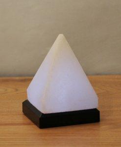 Лампа Пирамида от бяла Хималайска сол
