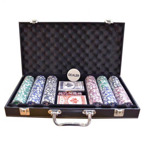Кожено куфарче с 300 покер чипа с номинали