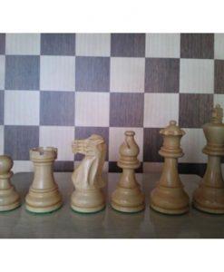 Дървени фигури за шах