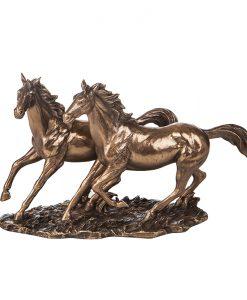 Статуетка двойка коне