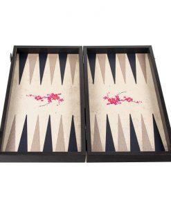 дървена табла с сакура