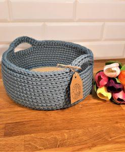 Плетен панер с плетени дръжки в син пастел